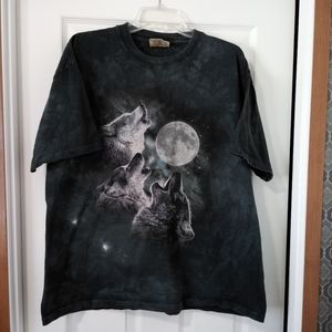 The Mountain Howling Wolves Moon Graphic Tee - XL